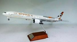 Boeing 777-300ER Etihad - 1/200 Scale